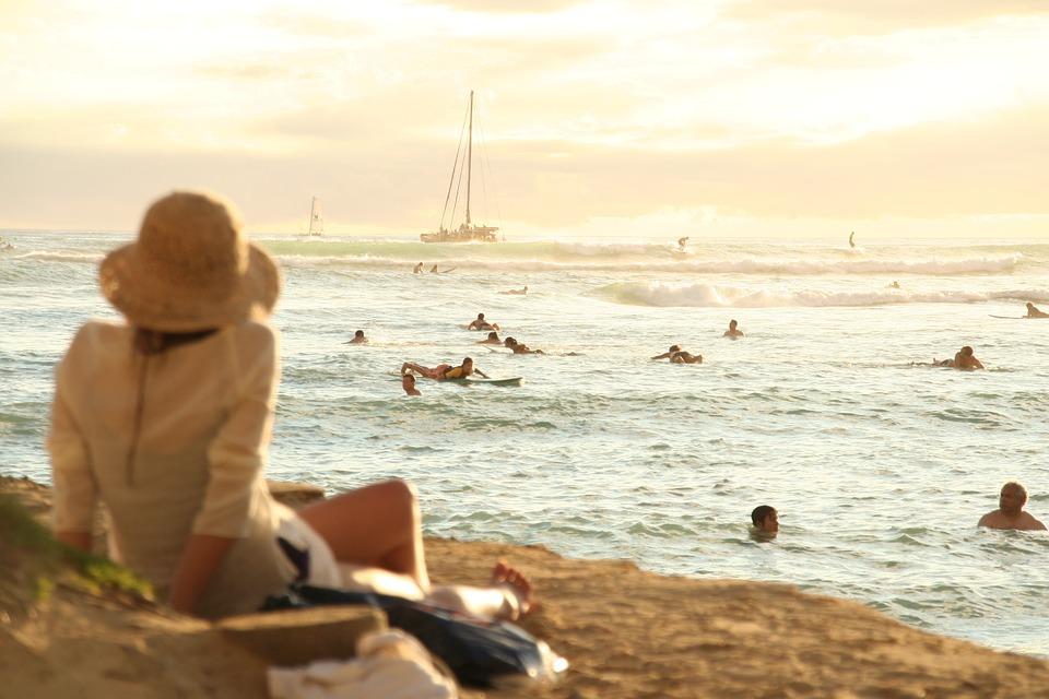 84a25c38e34c Ideálne plážové oblečenie. Čo nosíte na pláž Vy  – Nextmag